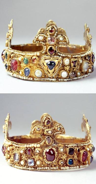 The Essen Crown, Germany, Circa1040's