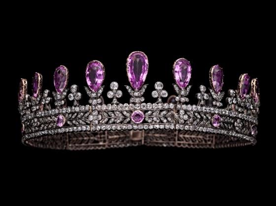 tiara 1283