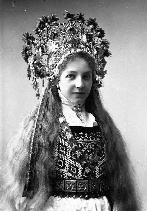 norwegian bridal crowns 1286