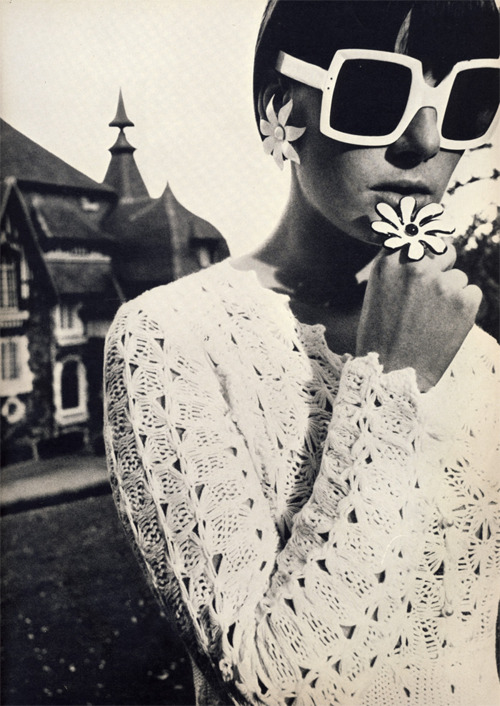 The mod, flower-power world of British Vogue, 1965