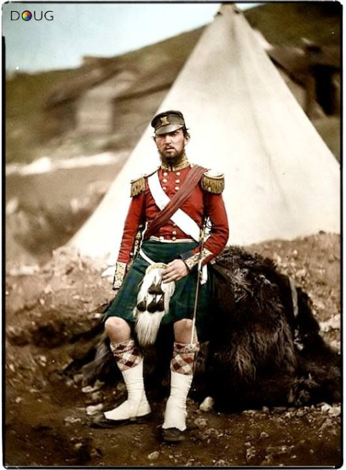Colourized photo of a Highlander, WWI era?