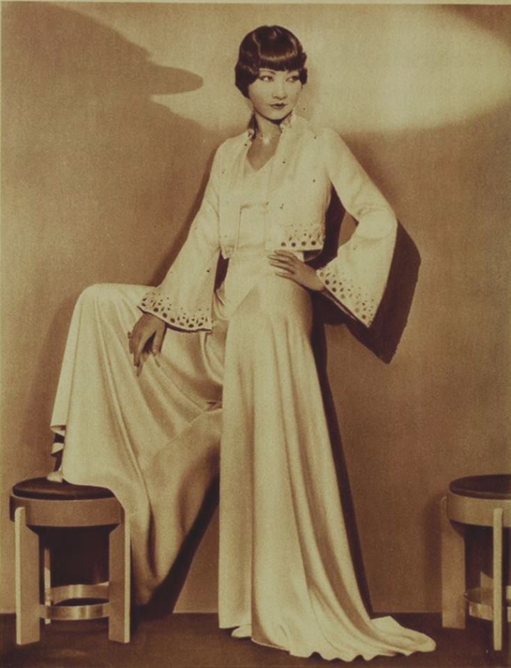 Chinese-American actress Anna May Wong serving up some chic