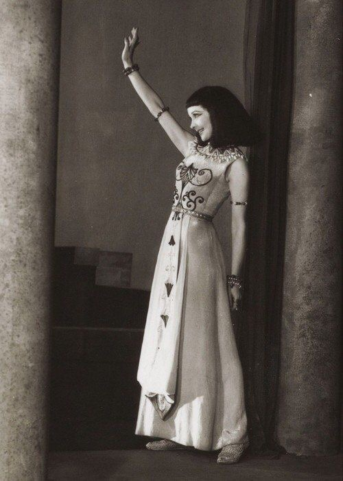 "Vivien Leigh in ""Caesar and Cleopatra"""