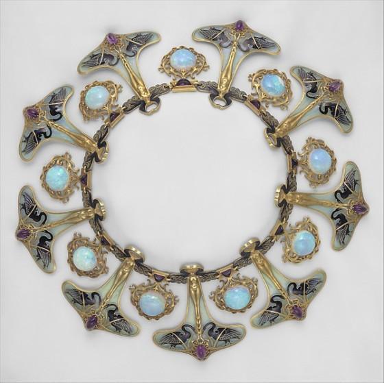 art-nouveau-jewelry-4231280