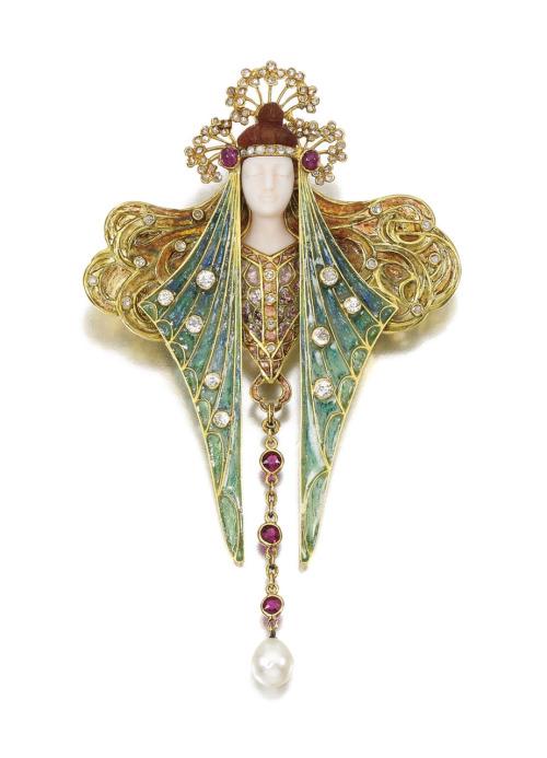art-nouveau-jewelry-lalique