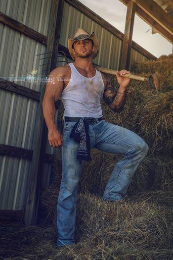 farmhand-8290