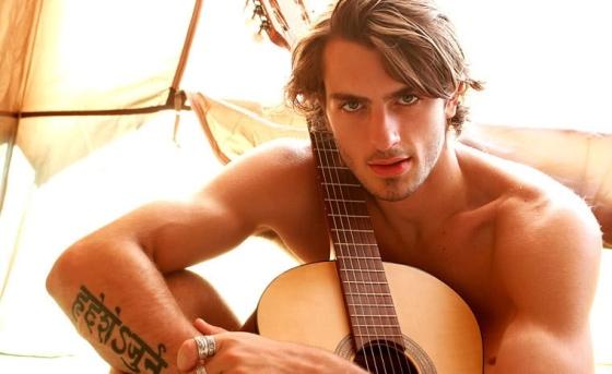 guitar-1282