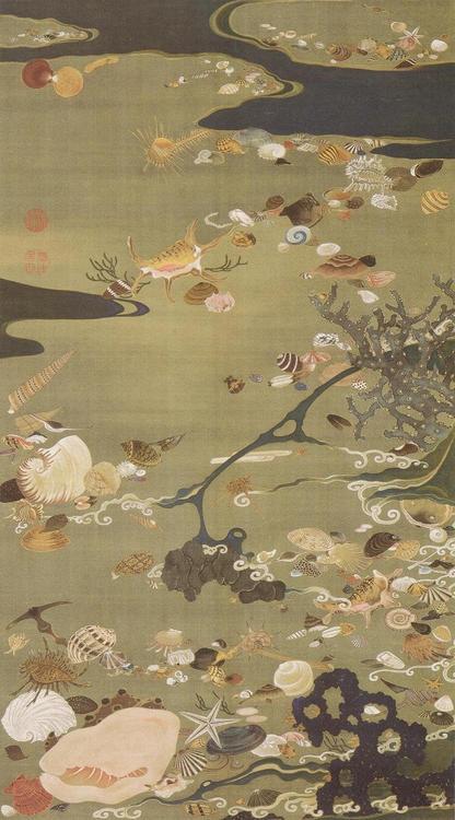 Japanes Art: Shells on abeach