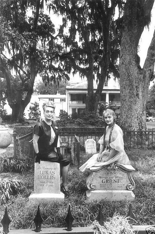 "Joan Crawford visiting Bette Davis on the set of ""Hush, Hush Sweet Charlotte"""