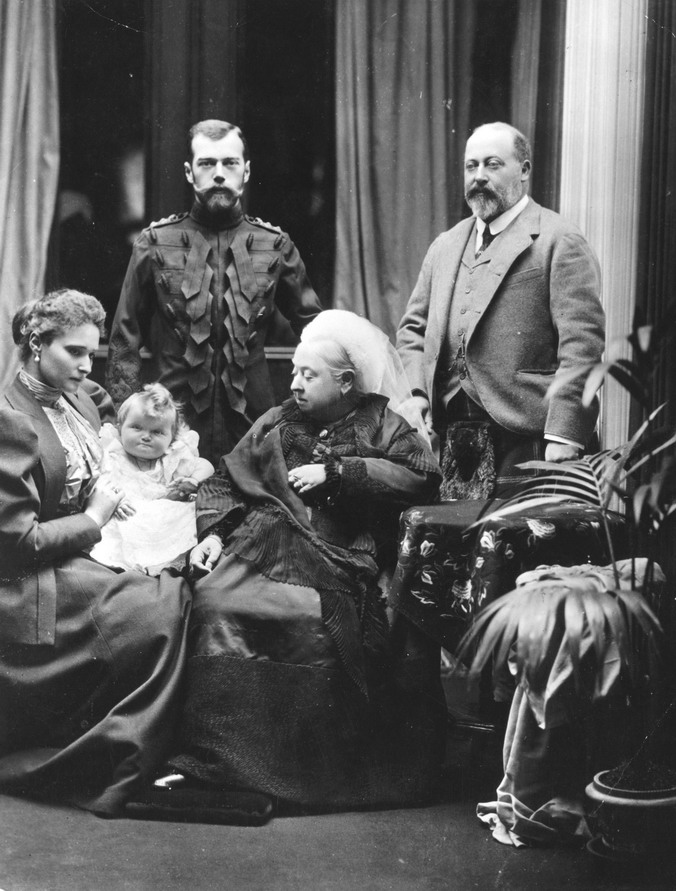 Nicholas & Alexandra visiting Queen Victoria in London, 1800s