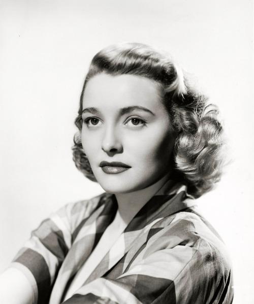 patricia-neal-1950-2