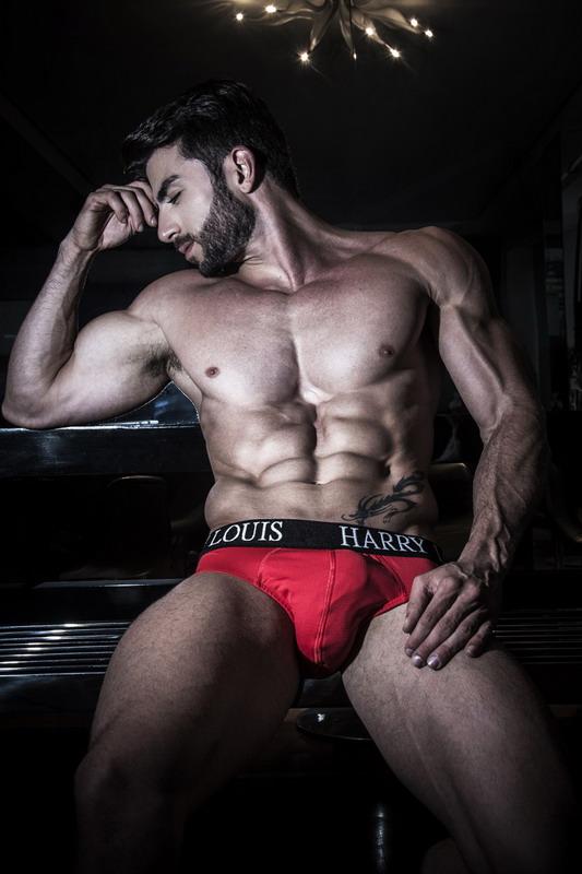 red-underwear-1
