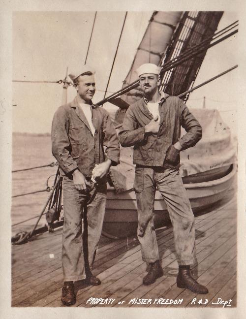 sailors-together-797