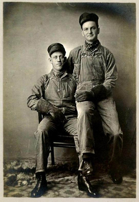 vintage labourers 406
