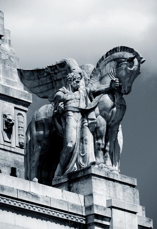art-deco-men-and-horses-501