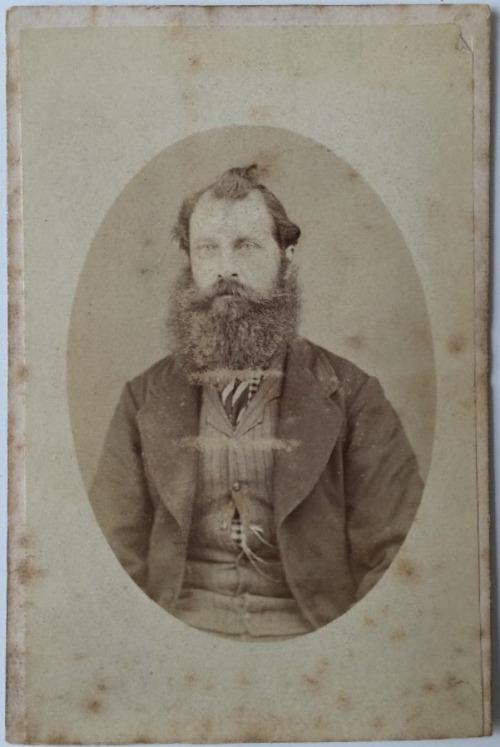 beard-7076