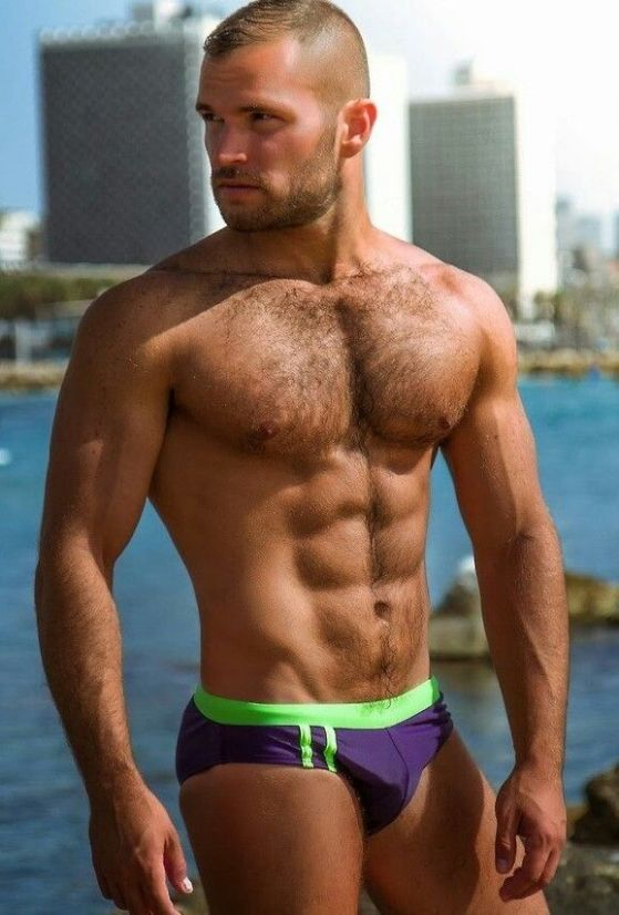 beard-and-speedo-41281