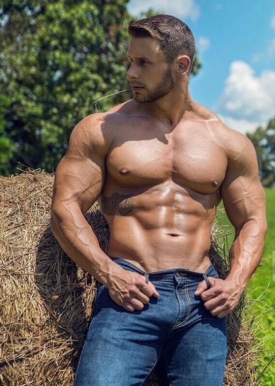 cowboy-shirtless-030