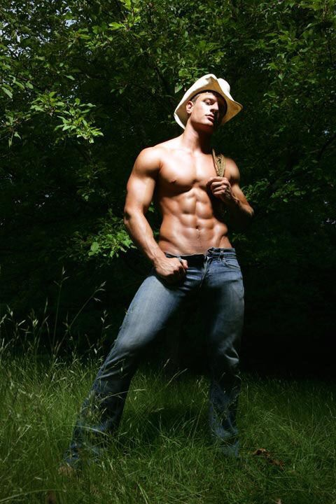 cowboy-shirtless-544