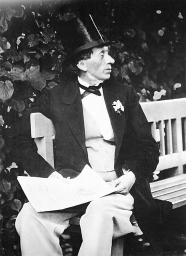 hans-christian-andersen-in-the-garden-of-roligheden-near-copenhagen-denmark-1869