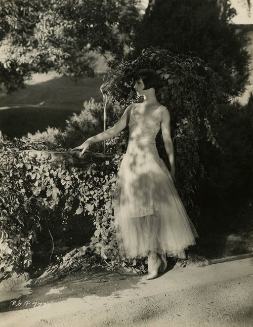 louise-brooks-c-1925