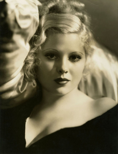 mary-carlisle-photographed-by-george-hurrell-mgm-1930s