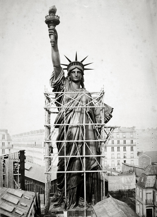 statue-of-liberty-construction-500