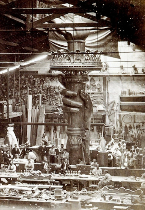 statue-of-liberty-construction-501