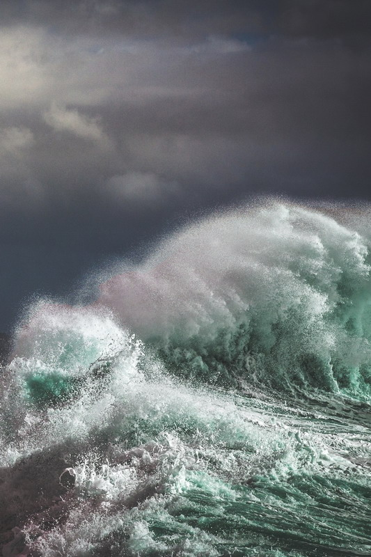 wave-697