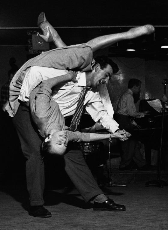 dance-4111