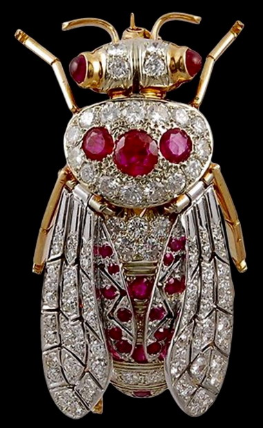 Jewel encrusted bee