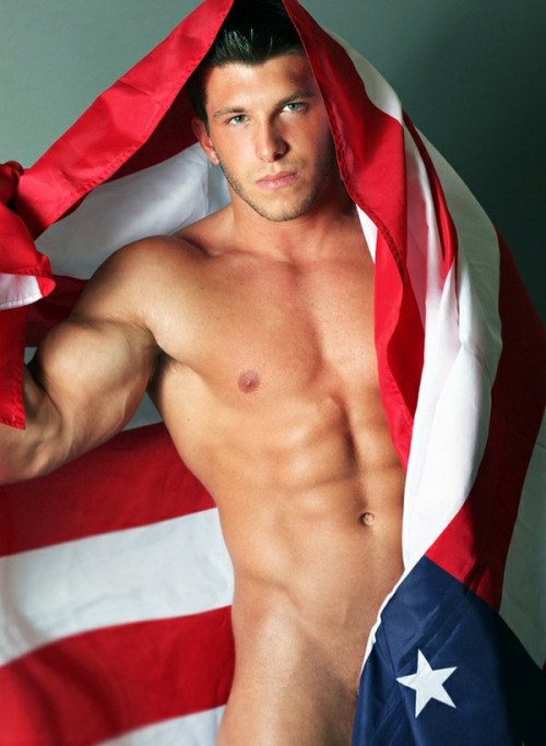 july-4th-hunk-09