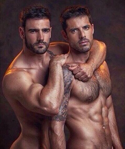 men-together-7955