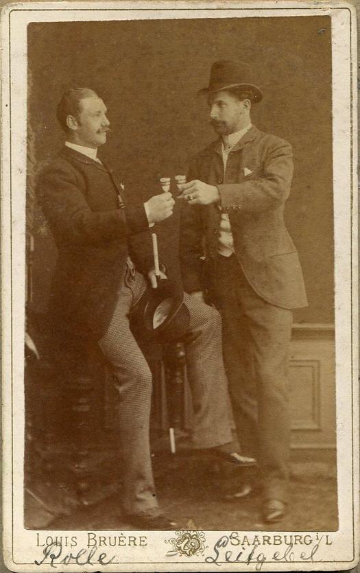 men-together-drinking-282