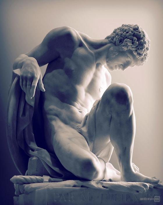 statue-4147