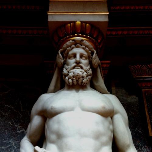 statue-9282