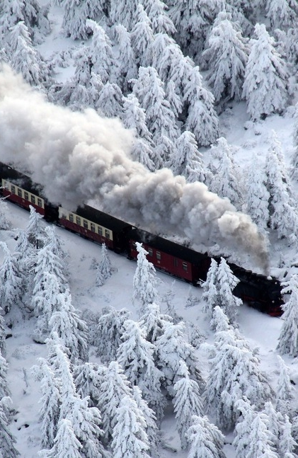 train-snow-1