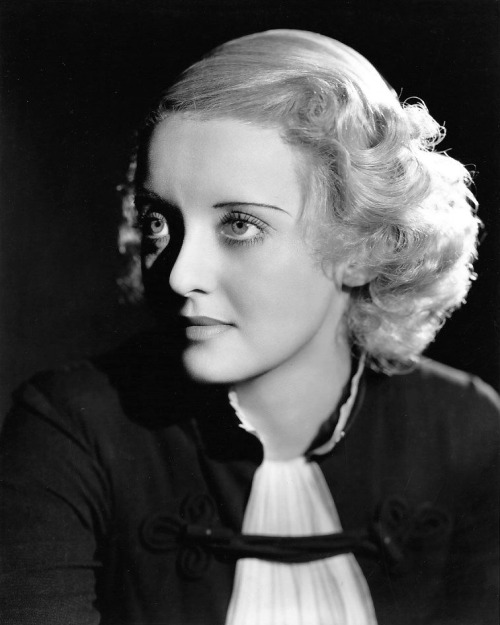 Bette Davis, photo by Elmer Fryer, 1935