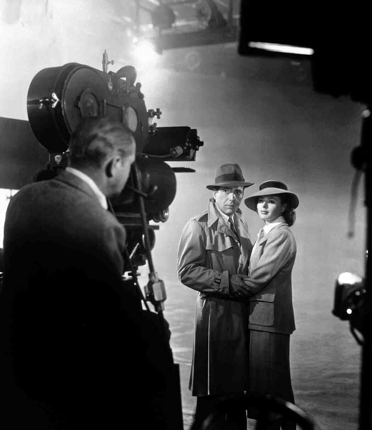 "Michael Curtiz filming the last scene in ""Casablanca"", with Ingrid Bergman and Humphrey Bogart"