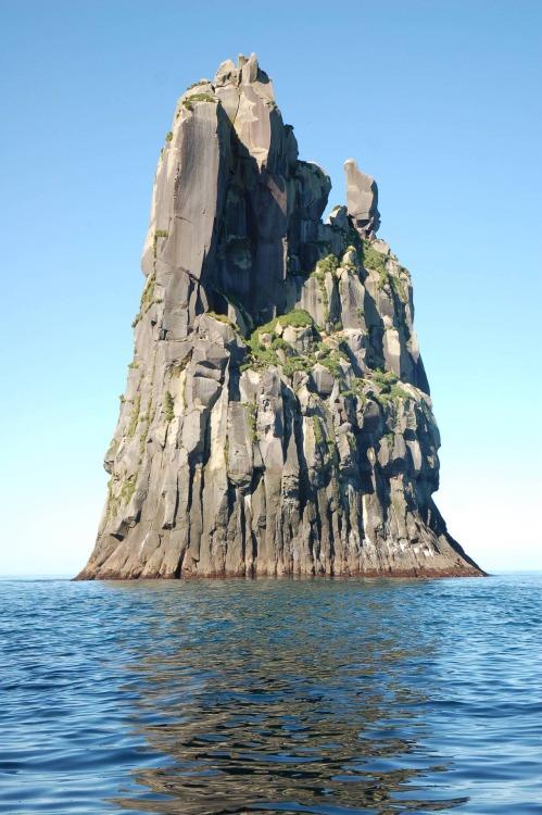 island-2125