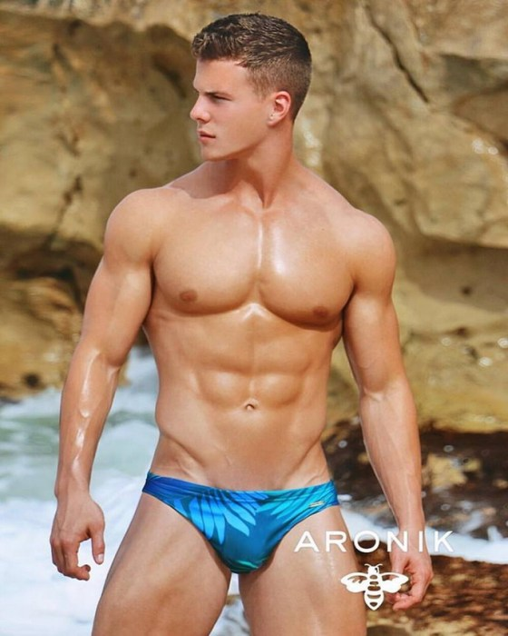 michael-dean-johnson-for-aronik-9