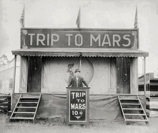 Trip to Mars, 10 cents