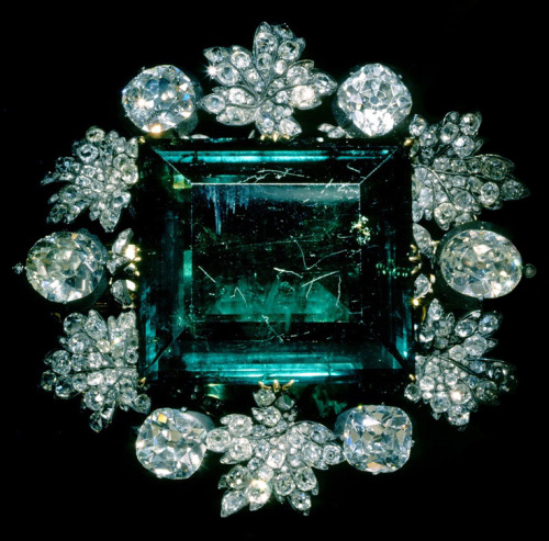 Empress Maria Feodorovna of Russia's emerald and diamond brooch, given by Catherine II on the occasion of her marriage to Paul I, 1776
