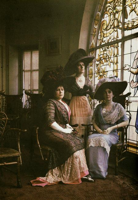 Autochrome (early colour photo) by Henri Chouanard, France, circa 1900
