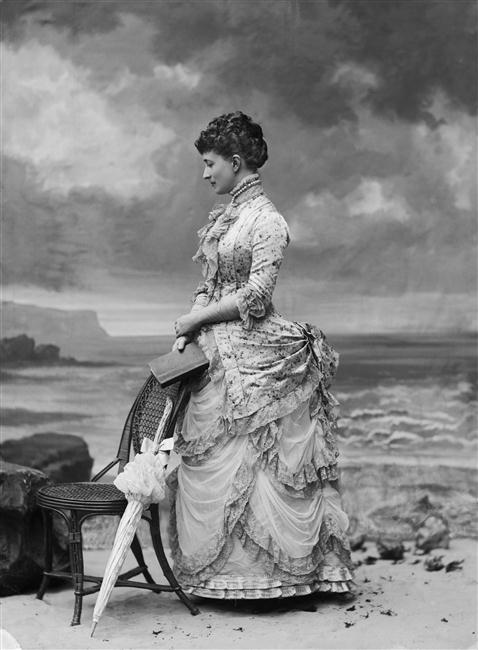 Hélène Standish, née de Pérusse des Cars,1882