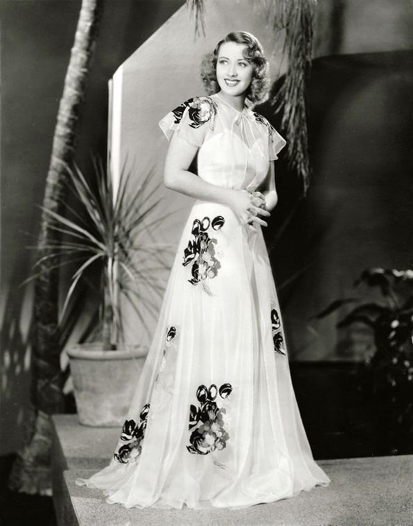 Joan Blondell, 1939