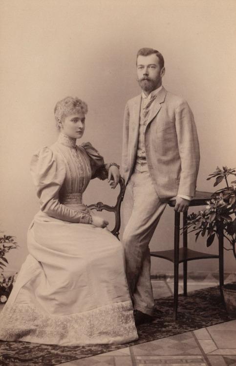 Le tsarévitch Nicolas (II) et la princesse Alix en 1894,Russie