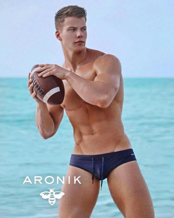 michael-dean-johnson-for-aronik-3