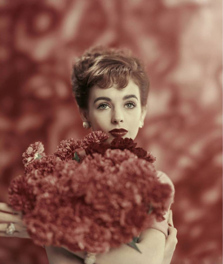 Millie Perkins, Vogue, January 1957, Photo Karen Radkai