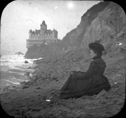 Cliff House, San Francisco, circa 1900